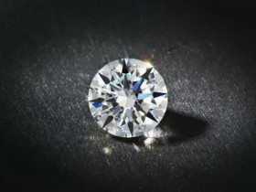 为什么钻石的净度会影响回收典当抵押价格?