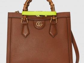 【奢侈品包包鉴定回收】Gucci复刻戴安娜王妃出访罗马拎的竹节包设计亮点