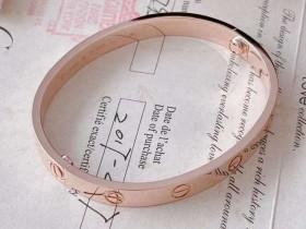 徐州奢侈品管家8.5折鉴定回收99新卡地亚 love系列玫瑰宽版手镯